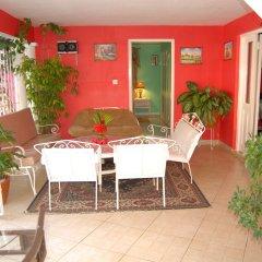 Отель PinkHibiscus Guest House питание