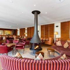 Отель As Cascatas Golf Resort & Spa гостиничный бар