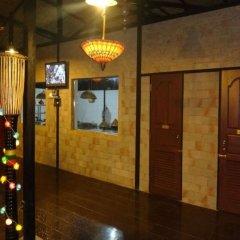 Отель Riverside @ Hsipaw Resort интерьер отеля