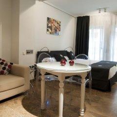 Отель Aparthotel Quo Eraso Мадрид комната для гостей фото 4