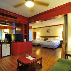 Отель Graceland Resort And Spa Пхукет в номере