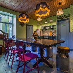 Гостиница Friends by the House of Books гостиничный бар фото 4