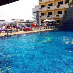 Отель Flipper House Паттайя бассейн фото 2