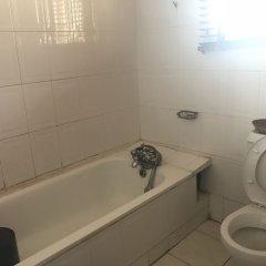 Отель Grand Riviera Suites Энугу ванная фото 2