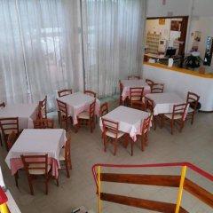 Отель Villa Derna Римини питание