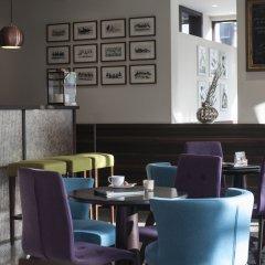 Отель Antwerp Inn гостиничный бар