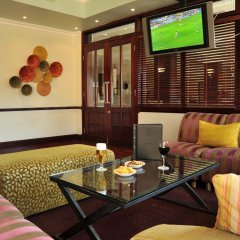 Отель Cresta President Габороне гостиничный бар