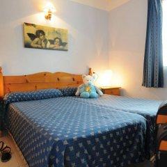 Отель Apartamentos Maribel комната для гостей