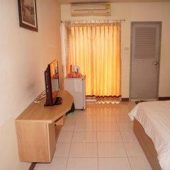 Отель ZEN Rooms Ramkhamhaeng Mansion комната для гостей