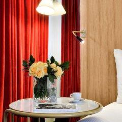 Hotel L'Echiquier Opéra Paris MGallery by Sofitel в номере