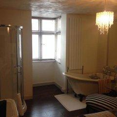 Отель Pink Pavilion Великобритания, Кемптаун - отзывы, цены и фото номеров - забронировать отель Pink Pavilion онлайн ванная
