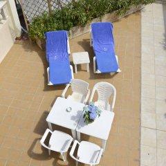 Отель Amoros фото 3
