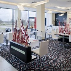 Отель Holiday Inn Prague Airport Чехия, Прага - 3 отзыва об отеле, цены и фото номеров - забронировать отель Holiday Inn Prague Airport онлайн развлечения