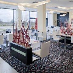 Отель Holiday Inn Prague Airport Прага развлечения