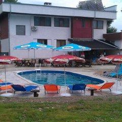 Отель Hanovete Hotel Болгария, Шумен - отзывы, цены и фото номеров - забронировать отель Hanovete Hotel онлайн бассейн фото 3