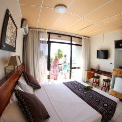 Smugglers Cove Beach Resort and Hotel комната для гостей фото 3