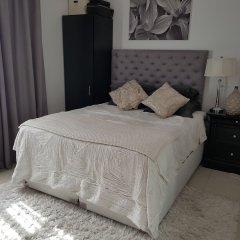 Отель Bnbme - Burj Residence 7 Дубай комната для гостей