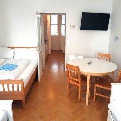 Отель Sobieski Donaukanal Apartments Австрия, Вена - отзывы, цены и фото номеров - забронировать отель Sobieski Donaukanal Apartments онлайн комната для гостей фото 2