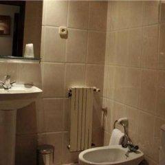 Отель Hostal Los Manos Испания, Бланес - отзывы, цены и фото номеров - забронировать отель Hostal Los Manos онлайн ванная