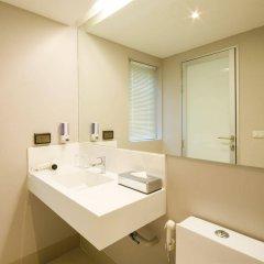 Отель Bizotel Bangkok Бангкок ванная