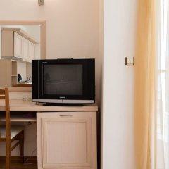 Апартаменты One Bedroom Apartment with Balcony удобства в номере фото 2