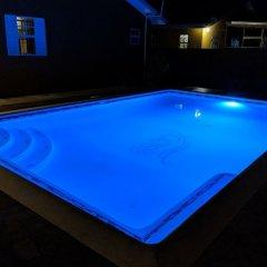 Отель Zades Vacation Home бассейн фото 3