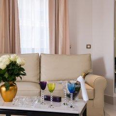 Отель Hôtel Aston La Scala в номере фото 2