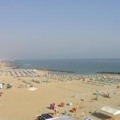 Hotel Caesar Paladium Римини пляж