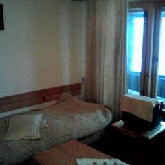 Отель Chapov Guest Rooms Смолян комната для гостей