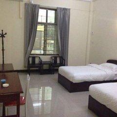 Lashio Galaxy Hotel комната для гостей фото 3