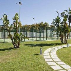 Отель Ilunion Calas De Conil Кониль-де-ла-Фронтера спортивное сооружение