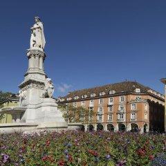 Stadt Hotel Città Больцано приотельная территория
