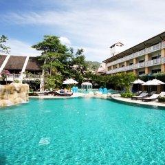 Отель Thara Patong Beach Resort & Spa Таиланд, Пхукет - 7 отзывов об отеле, цены и фото номеров - забронировать отель Thara Patong Beach Resort & Spa онлайн бассейн фото 2
