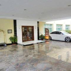 Отель London Suites Hotel ОАЭ, Дубай - отзывы, цены и фото номеров - забронировать отель London Suites Hotel онлайн парковка