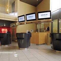 Отель Radisson Hotel Zurich Airport Швейцария, Рюмланг - 2 отзыва об отеле, цены и фото номеров - забронировать отель Radisson Hotel Zurich Airport онлайн интерьер отеля фото 2