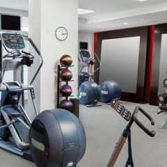 Отель Hilton Garden Inn Washington DC/Georgetown Area фитнесс-зал фото 3