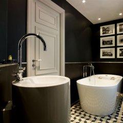 Отель Le Grand Balcon Hotel Франция, Тулуза - отзывы, цены и фото номеров - забронировать отель Le Grand Balcon Hotel онлайн ванная