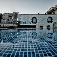 Отель Naz Konak Alacati Чешме бассейн