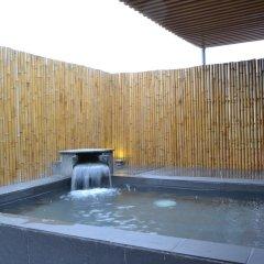 Отель Santa 2 Ханой бассейн