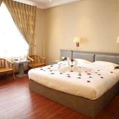 Two Elephants Hotel комната для гостей