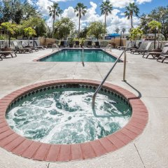 Отель Baymont Inn and Suites Fort Myers бассейн фото 3