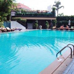 Golden Beach Hotel Pattaya бассейн