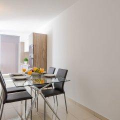 Отель Saint Julian's Penthouse Apartment Мальта, Сан Джулианс - отзывы, цены и фото номеров - забронировать отель Saint Julian's Penthouse Apartment онлайн питание