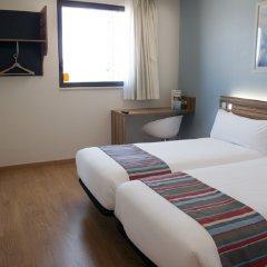 Отель Travelodge Madrid Alcalá комната для гостей фото 5