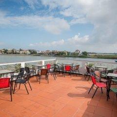 Отель Minh An Riverside Villa гостиничный бар
