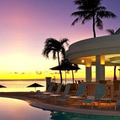 Отель The Westin Resort Guam США, Тамунинг - 9 отзывов об отеле, цены и фото номеров - забронировать отель The Westin Resort Guam онлайн пляж фото 2