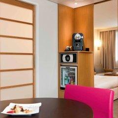 Отель Novotel Zurich City-West Швейцария, Цюрих - 9 отзывов об отеле, цены и фото номеров - забронировать отель Novotel Zurich City-West онлайн удобства в номере