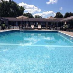 Отель Moonlite Motel США, Ниагара-Фолс - отзывы, цены и фото номеров - забронировать отель Moonlite Motel онлайн бассейн фото 3
