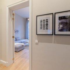 Апартаменты Sweet Inn Apartments - Petit Sablon Брюссель сейф в номере