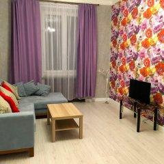 Апартаменты LUXKV Apartment on Nikolayeva комната для гостей фото 4